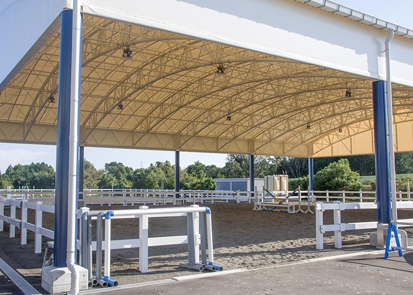 25m×35mのテント馬場